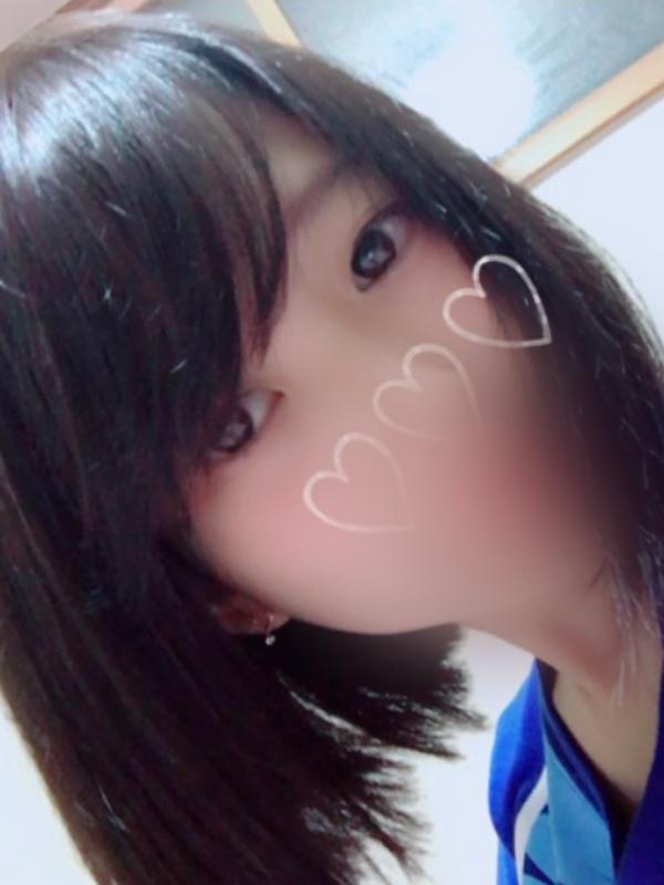 そら(18)