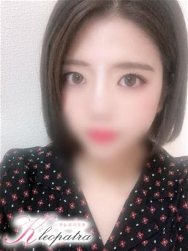 ひな(22)